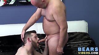 Guy English lusts for Scott Matthewss hairy ass and schlong