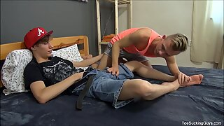 Two Sexy Gay Boys Sucking Each Others Toes