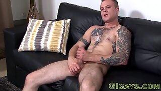 Straight dude masturbates